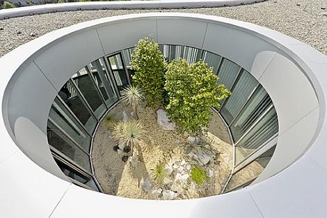 innenraumbegrünung dachatrium offender Lichthof mit mediterranen pflanzen