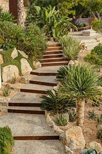 Mediterrane gartenplanung pflanzen liefern kaufen mallorca